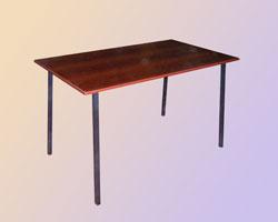 Стол обеденный на м/к кв. труба крышка ЛДСП