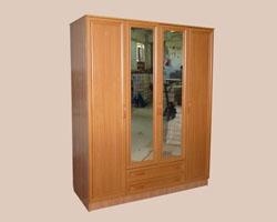 Шкаф для одежды с зеркалом и ящиками